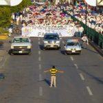 ילד בן 12 עצר אלפי מפגינים נגד נישואים גאים